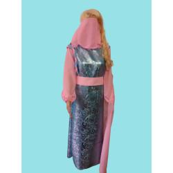 Karnevalový kostým Popelka                                                                     šaty s páskem, závoj